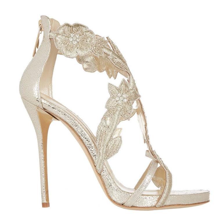 Oscar de la Renta Silver Gold Metallic Leather Stiletto Sandal High Heels in Box For Sale