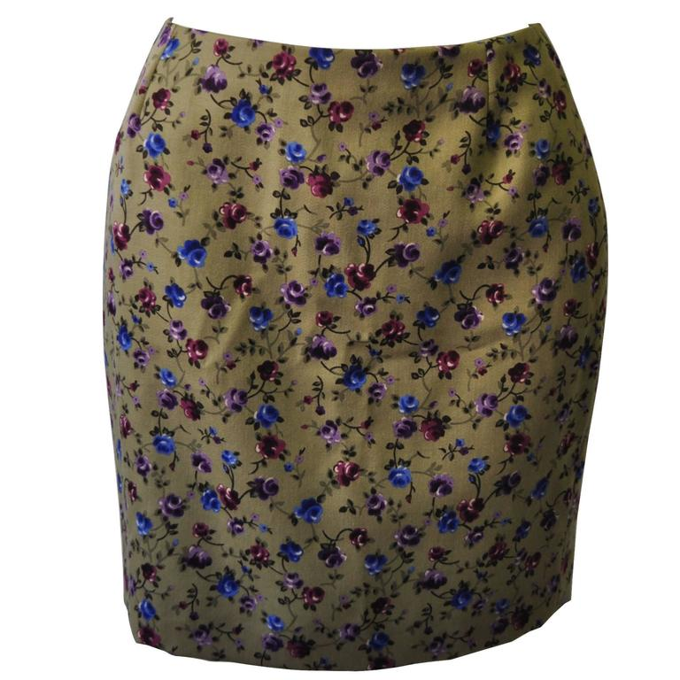Unique Gianni Versace Istante Khaki Floral Mini Skirt