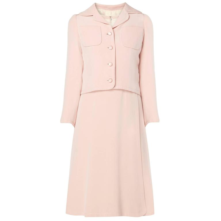 Guy Laroche Haute couture pink dress suit, circa 1970 For Sale