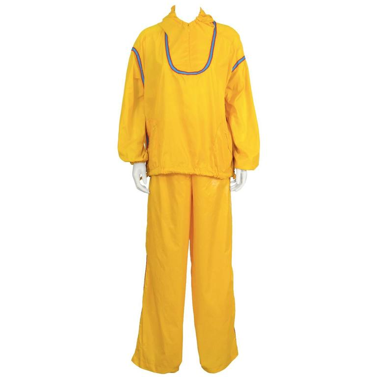 1970's The Beene Bag Yellow Windbreaker Outfit