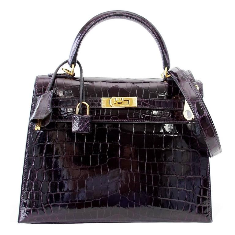 Hermes Kelly 25 Sellier Bag Crocodile Prunoir Gold Hardware Deep Plum Purple For Sale