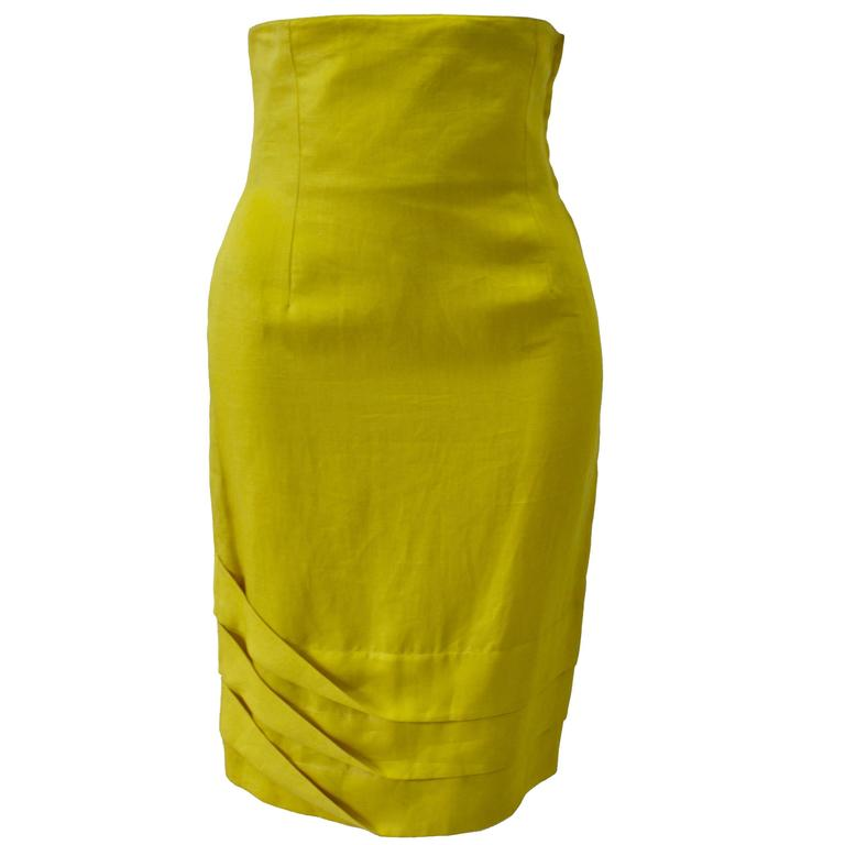 Exceptional Gianni Versace Haute Yellow High Waisted Linen Skirt For Sale