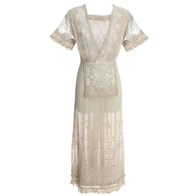Edwardian Lace Embroidered Fine Vintage Dress or Wedding Dress 1