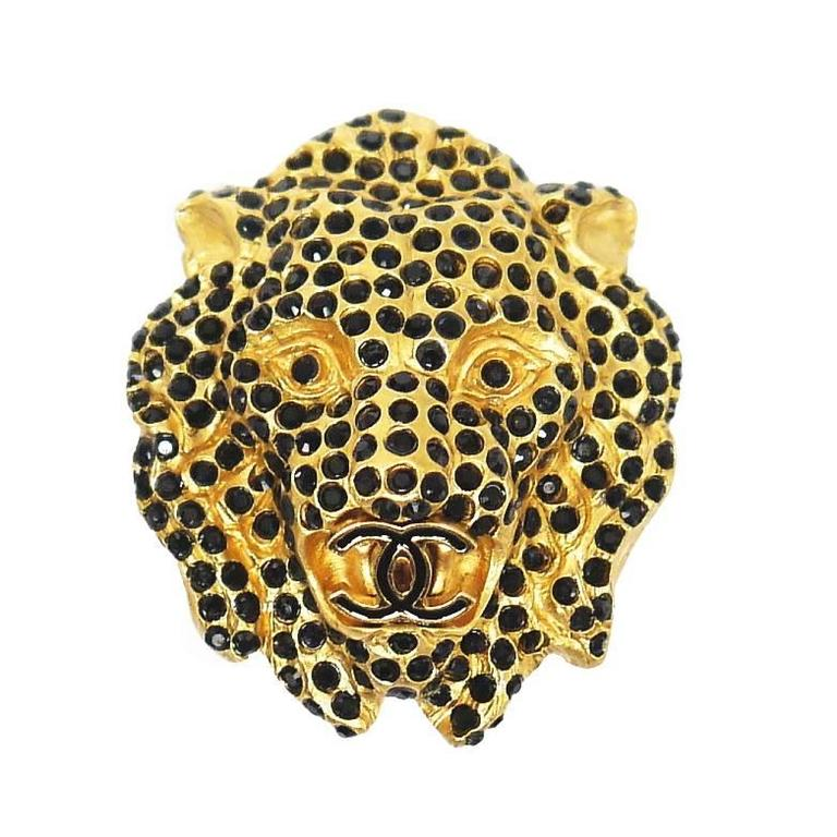 Vintage Chanel Lion Head Rhinestones CC Logo Brooch Pin 1