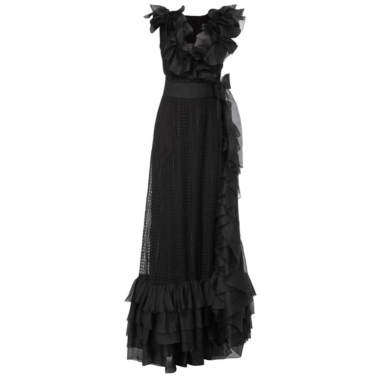 Chanel haute couture black gown, circa 1974 For Sale