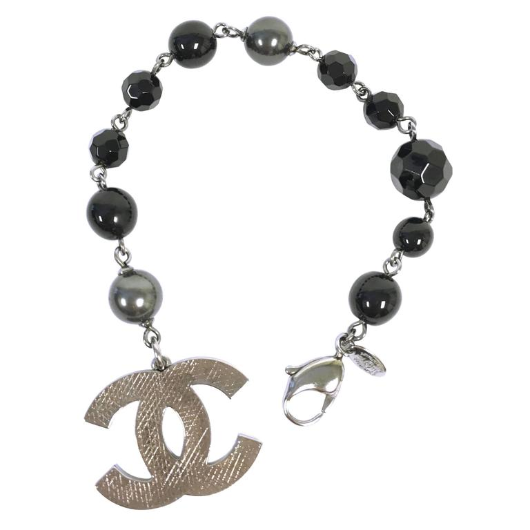 f989287d3200 CHANEL 13A CC Logo Charm Black Grey Pearl Bracelet at 1stdibs