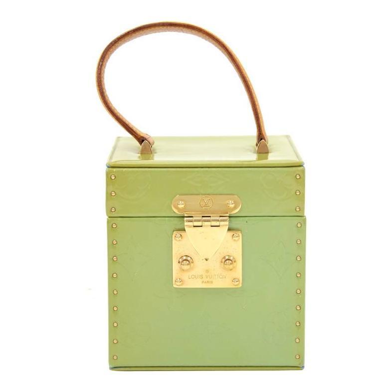 Louis Vuitton Bleeker Green Vernis Leather Cosmetic Case HandBag For Sale