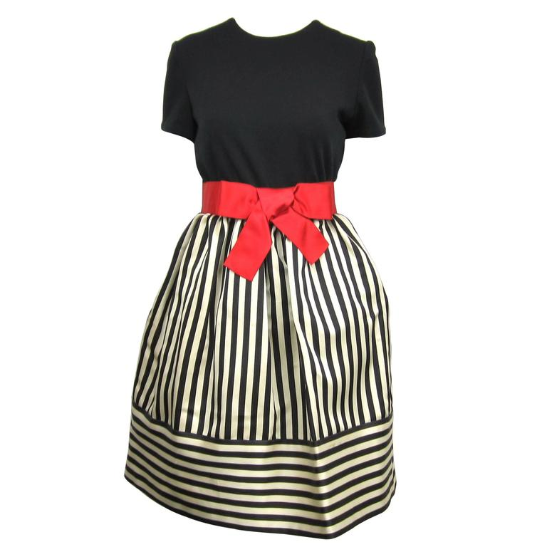 Vintage 1980s Bill Blass Black & White red striped baby doll dress  For Sale