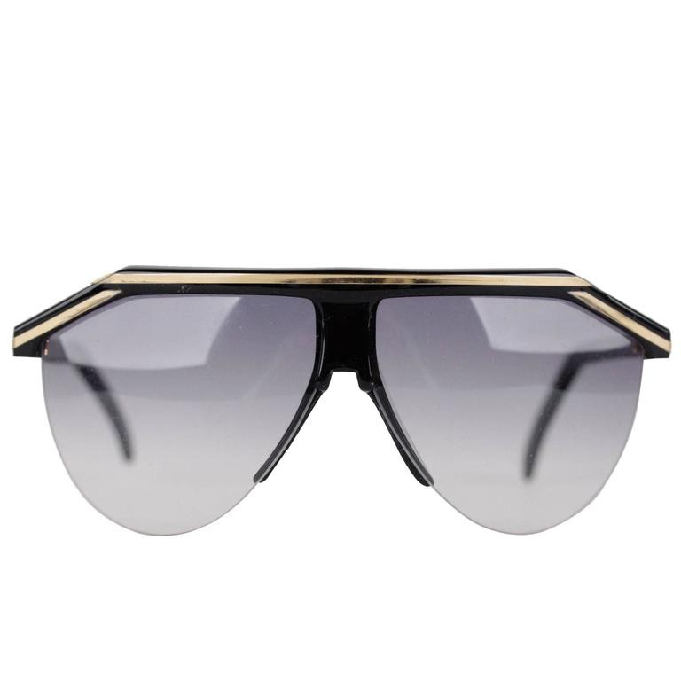 GIANNI VERSACE Vintage Black & Gold Half Rim SUNGLASSES Gradient Lens For Sale