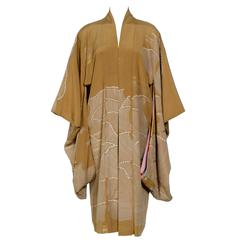 Antique Japanese Silk Embroidered Elegant Kimono