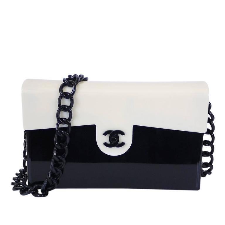 c5d3003da785 Rare Vintage Chanel Plastic 2.55 Classic Flap Bag For Sale at 1stdibs