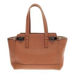 Salvatore Ferragamo Verve Tote Leather Medium