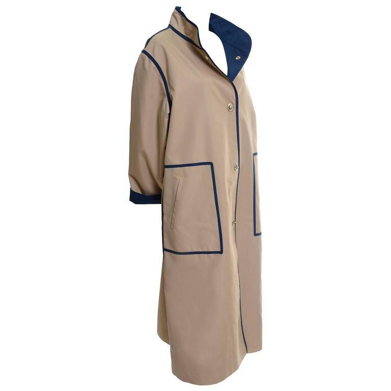 Bonnie Cashin Vintage Raincoat Tan & Navy With Toggle Closures Size 12/14