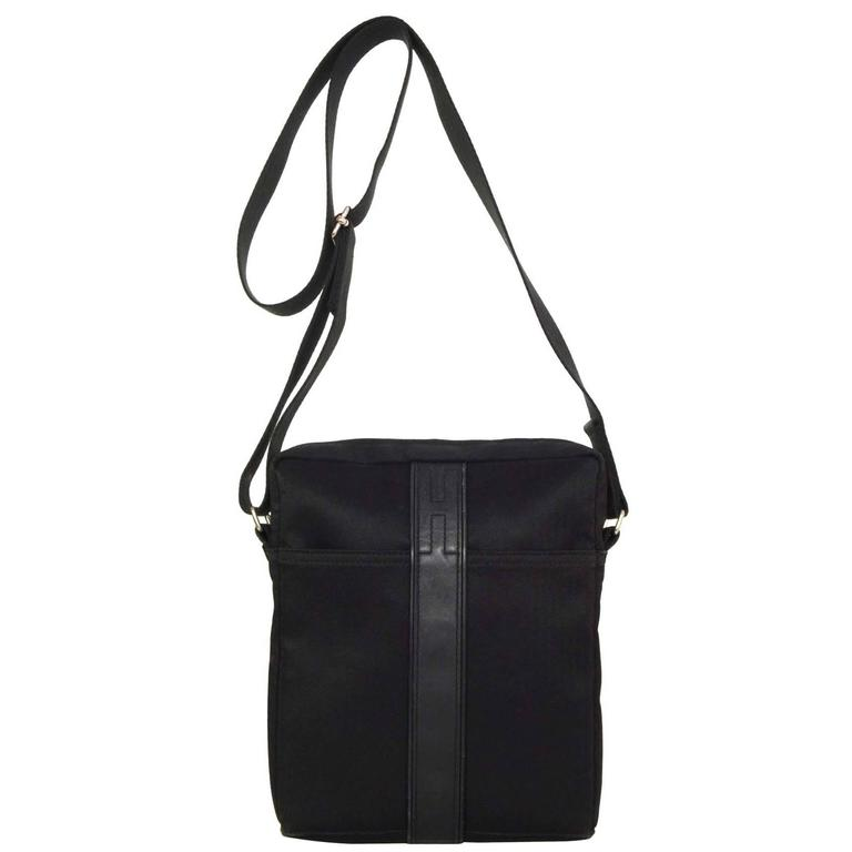 9f6f21a3480e Hermes Black Canvas and Leather Acapulco Messenger Bag PHW For Sale ...