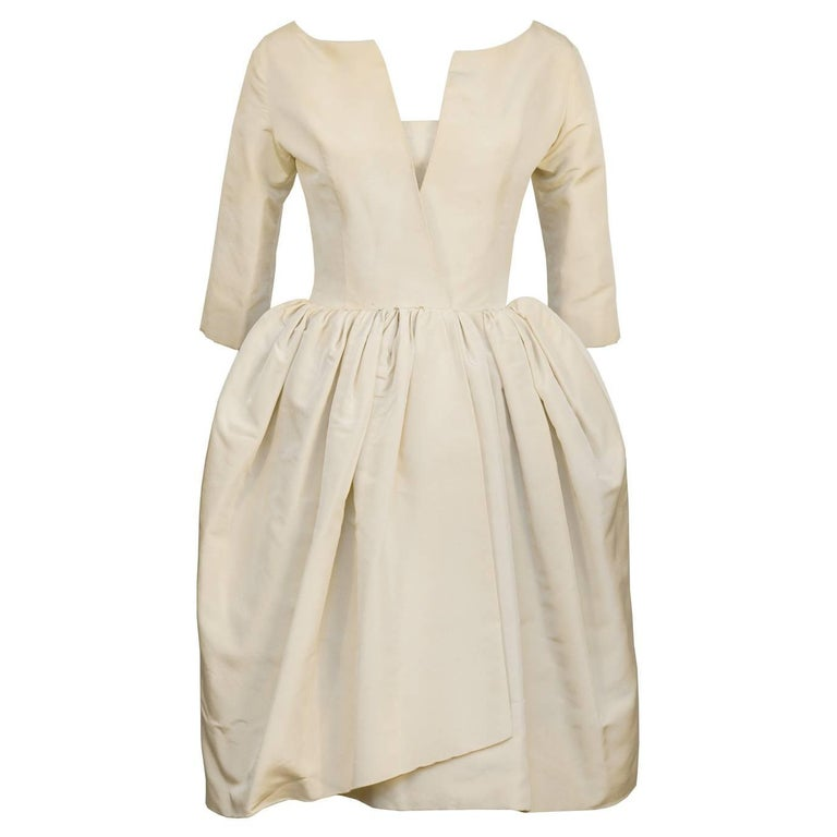 Early 1950 S Dior Beige Silk Robe Du Soir For Sale At 1stdibs