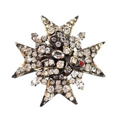 CHANEL Vintage Rhinestone Star & Bird Brooch