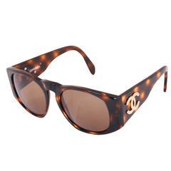 Chanel Tortoise Shell Sunglasses w/CC Logo On Arms