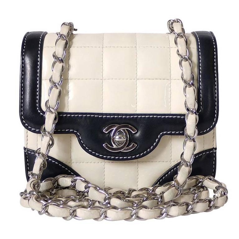 7962d1f2814e Vintage Chanel Bicolor Mini Classic Crossbody Flap Bag at 1stdibs