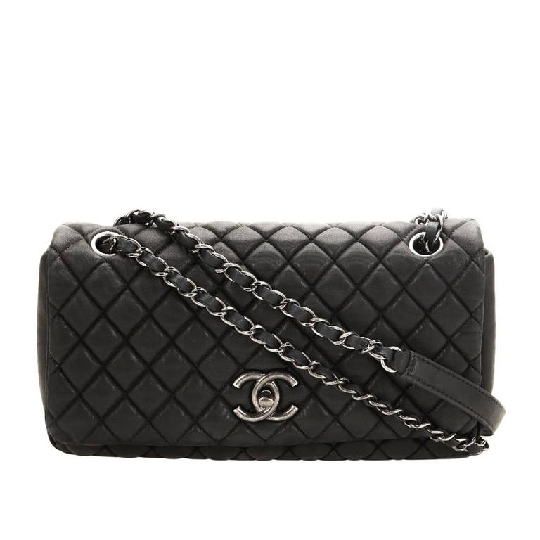 b67145b87701 2012 Chanel Black Quilted Velvet Calfskin Small Bubble Flap Bag For Sale