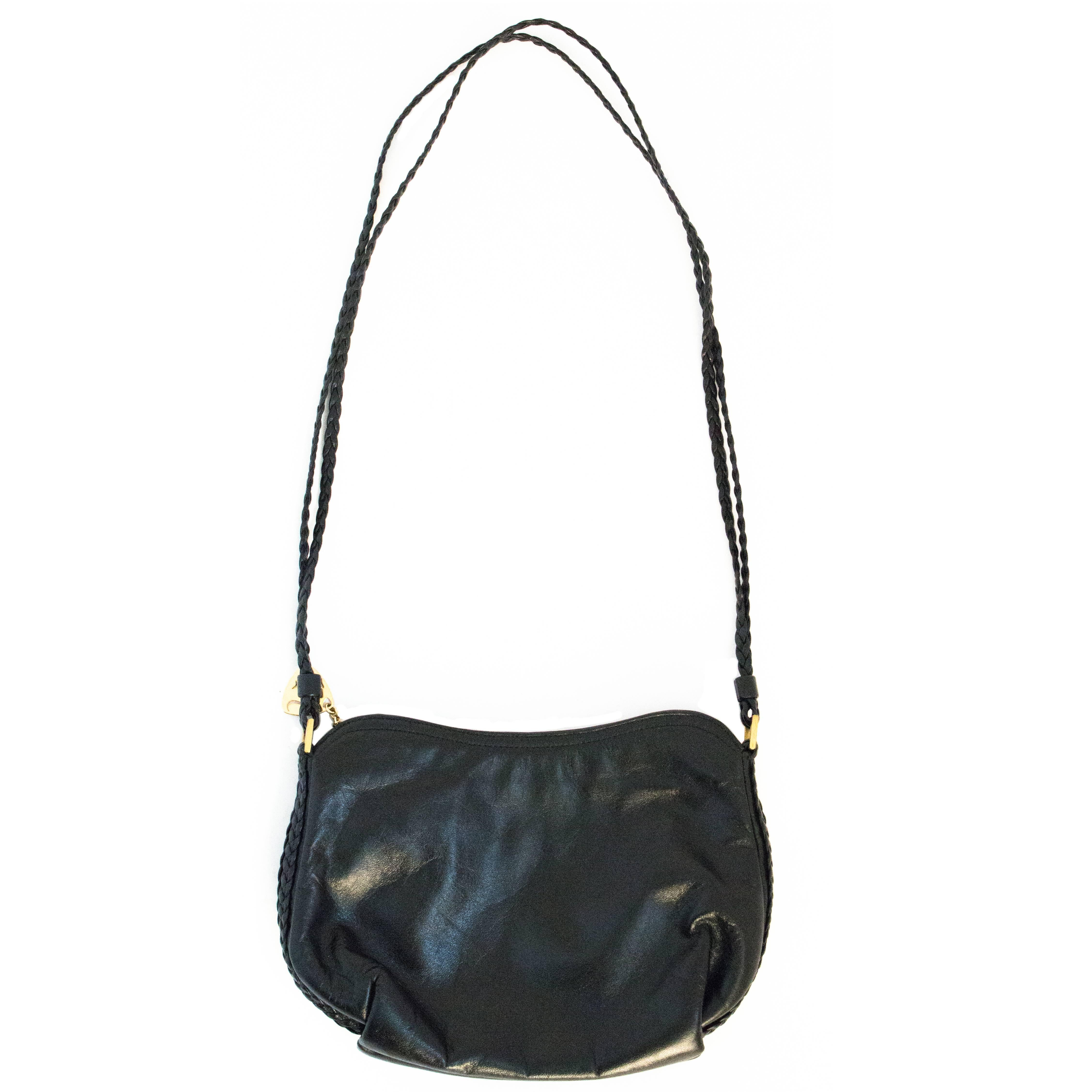 5098a7f1a8d764 80s Black Leather Morris Moskowitz Purse For Sale at 1stdibs