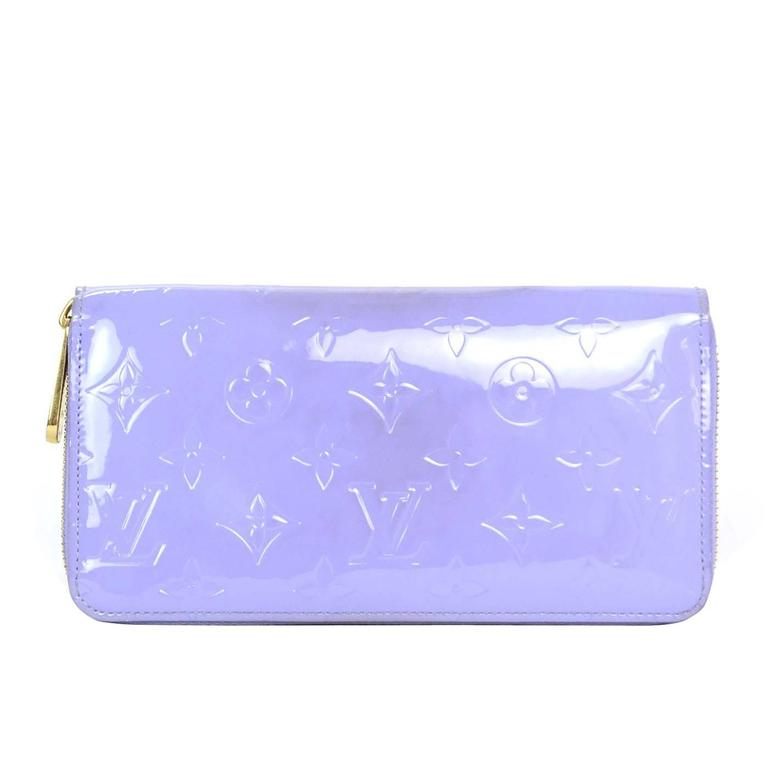 Louis Vuitton Lilac Vernis Monogram Zippy Wallet rt. $970 1