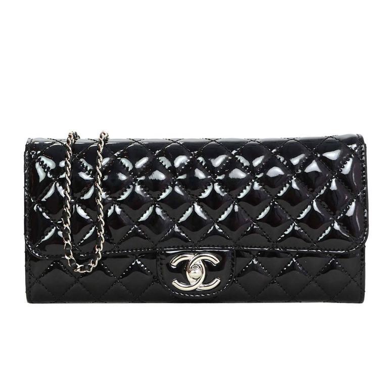 98d04e26edbc Chanel Black Patent Leather Quilted East/West Flap Shoulder/Clutch Bag For  Sale