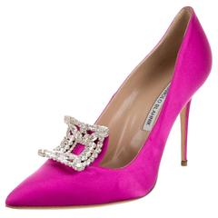 Manolo Blahnik NEW & SOLD OUT Pink Satin Crystal High Heel Pumps in Box