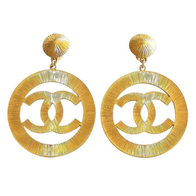 Vintage Chanel Jumbo Dangling Earrings Gold Rare For