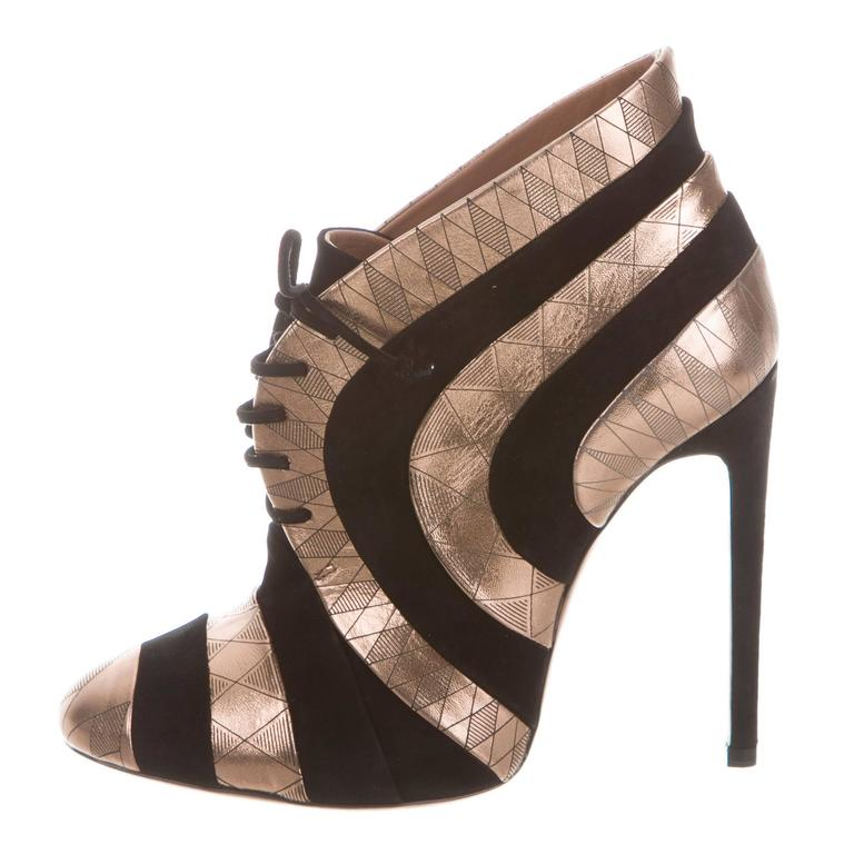 Alaia NEW Rose Gold Leather Geometric Heels Ankle Boots W/Box
