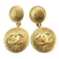 Chanel Gold-Plated Logo Earrings - 1980s