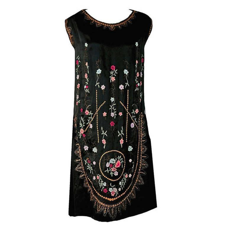 1920's French Heavily-Embroidered Metallic Floral Silk Drop-Waist Flapper Dress 1