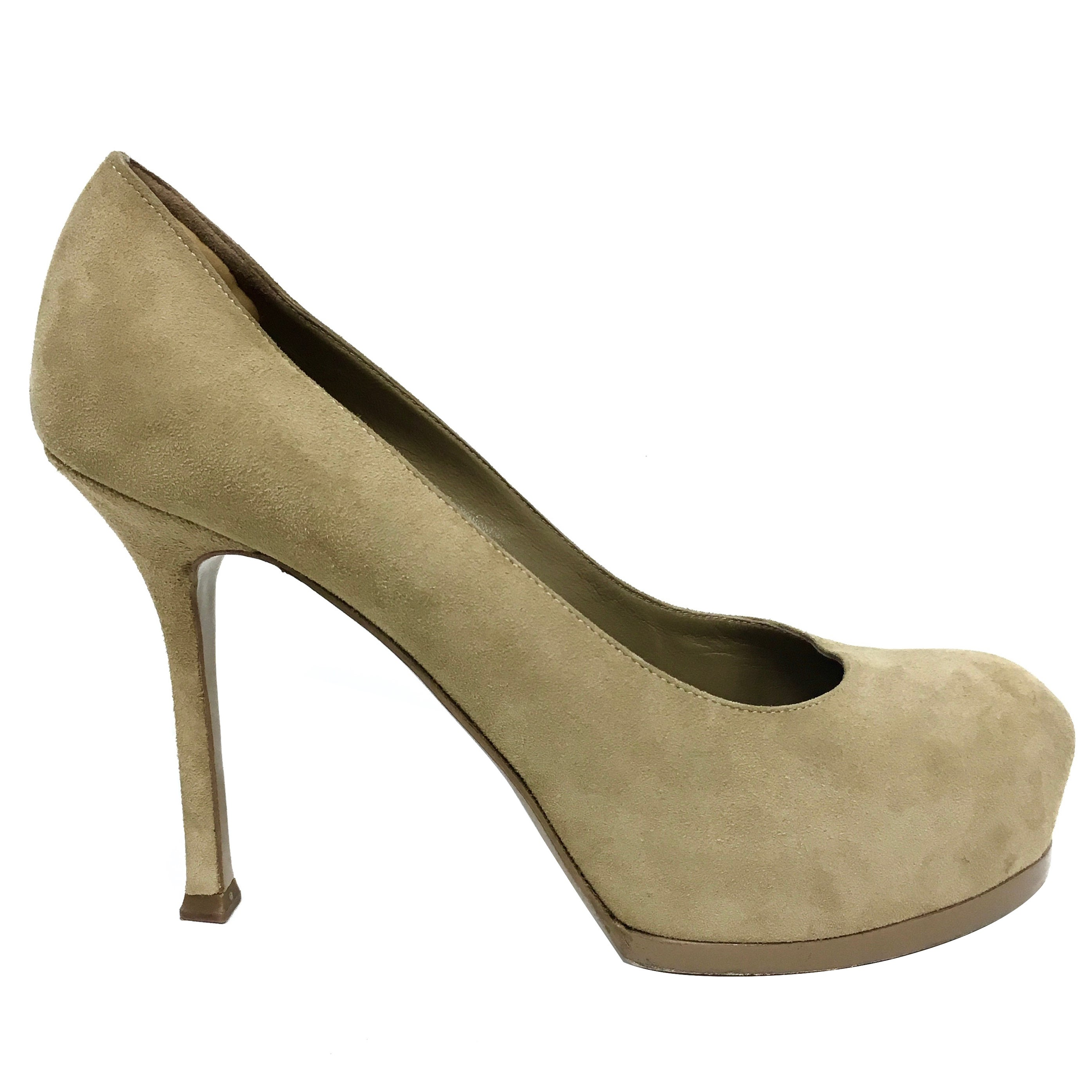 5aa557fa0a4 YSL Yves Saint Laurent Tribtoo 80 Nude Suede Pump Shoes in Box Size 37 For  Sale at 1stdibs