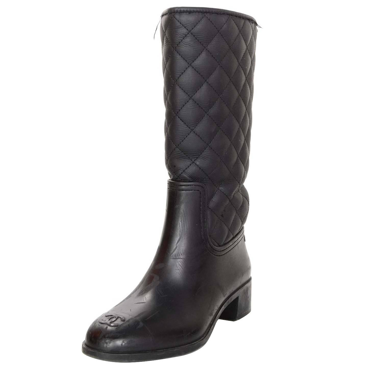 Chanel Black Quilted Rubber Rain Boots Sz 38 For Sale At 1stdibs