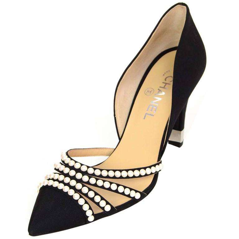 Chanel 2016 NIB Black Grosgrain and Faux Pearl D'Orsay Pumps Sz 39.5 RT. $1,100 1