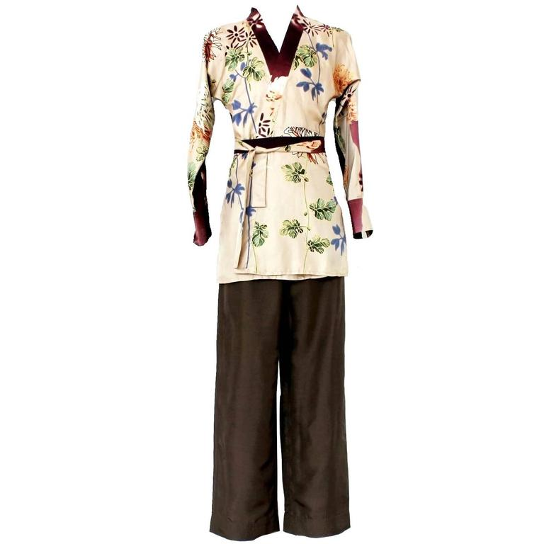 188f3943e Rare Gucci by Tom Ford 2001 Floral Print Batik Kimono Dressing Gown Robe  Suit For Sale