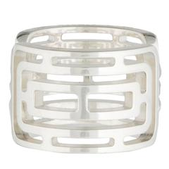 Hermes Genuine Sterling Silver Oval Textured Cage Cut Out Fashion Cocktail Ring
