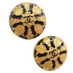 Chanel Vintage Baroque Gold Black Enamel CC Button Stud Earrings