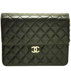 CHANEL Classic Chain Shoulder Bag Clutch Black Quilted Flap Lamb