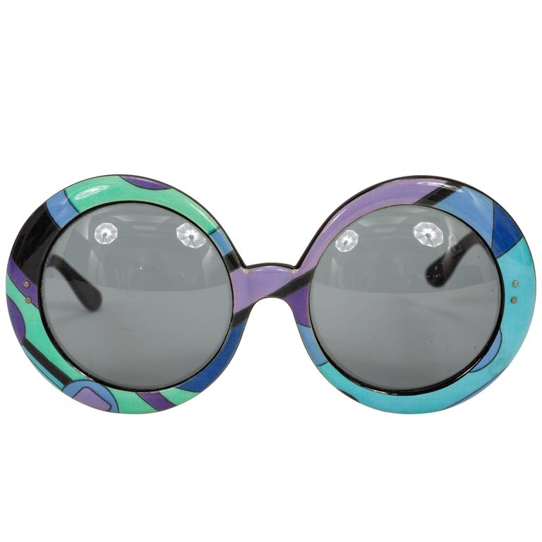 1960's Pucci Oversized Sunglasses w/Iconic Pucci Print For Sale