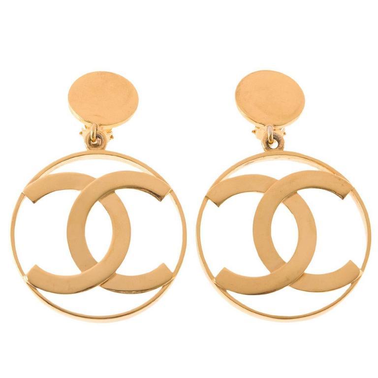 Chanel Vintage CC-Logo Hoop Clip On Earrings For Sale