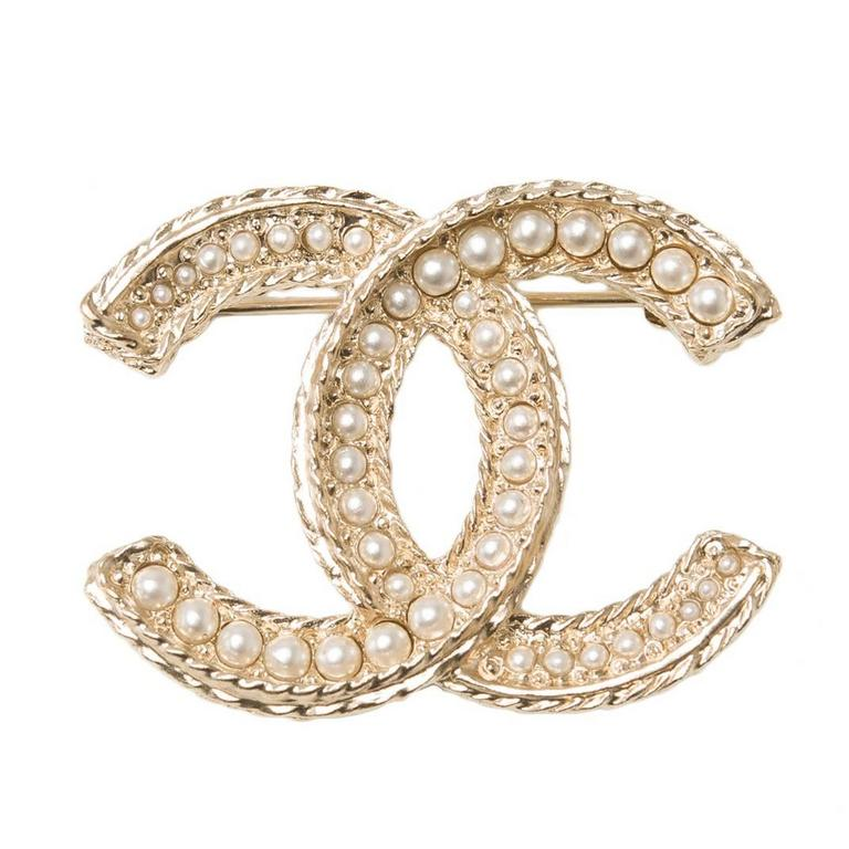 Chanel Large Faux Pearl And Matte Gold Tone Cc Logo Brooch