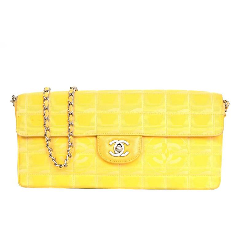 Chanel Yellow Canvas Chocolate Bar Quiltes East West Shoulder Bag For Sale