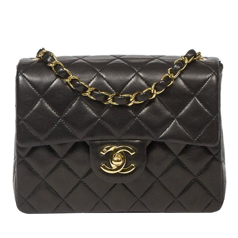 Chanel Mini Flap Bag 18cm in black quilted lambskin at 1stdibs : chanel mini quilted bag - Adamdwight.com
