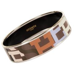 Exquisite Hermes Large Palladium & Enamel Hermes Signature Bangle
