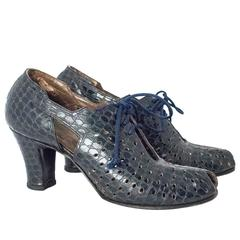 40s Navy Perforated Laceup Heel
