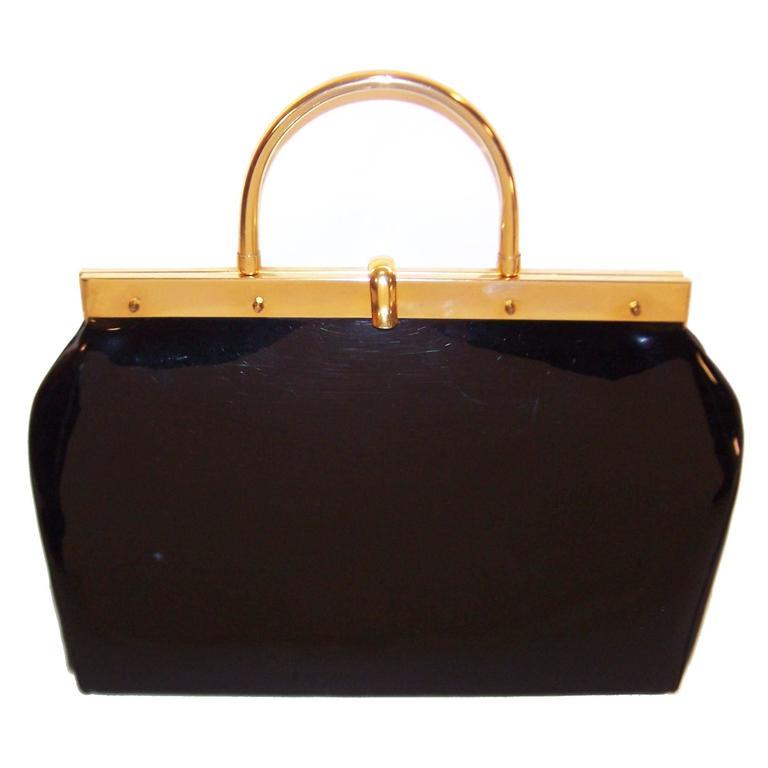1stdibs Gigantic 1950s Stylecraft Black Patent Leather Handbag With Gold Hardware s265iQTML