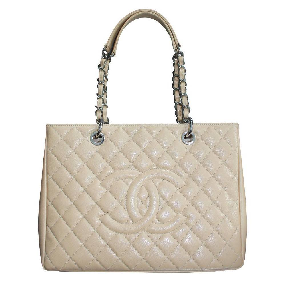 chanel beige grand shopping tote gst in dust bag no 19 for sale at 1stdibs. Black Bedroom Furniture Sets. Home Design Ideas