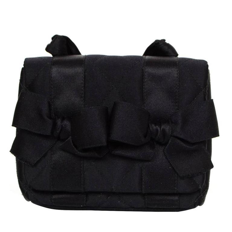 60f9ab4c5f77 Chanel Vintage Black Satin Bow Crossbody Bag For Sale at 1stdibs