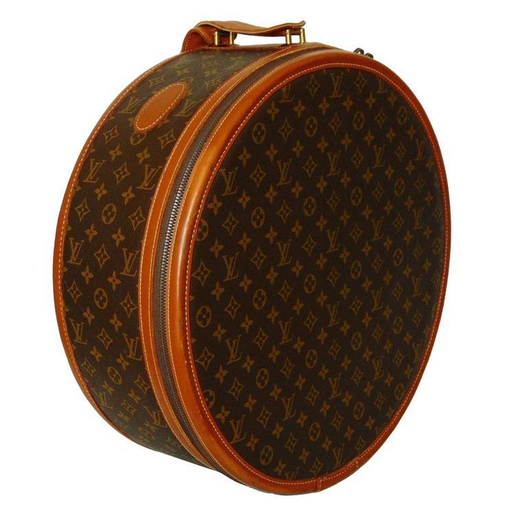 bbc0eb576bd Rare Louis Vuitton Hat Box by The French Company Monogram Boite Chapeaux  1970s For Sale