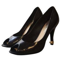 Chanel Escarpin Ouvert With Pearl Heel Pump shoes sz 38.5